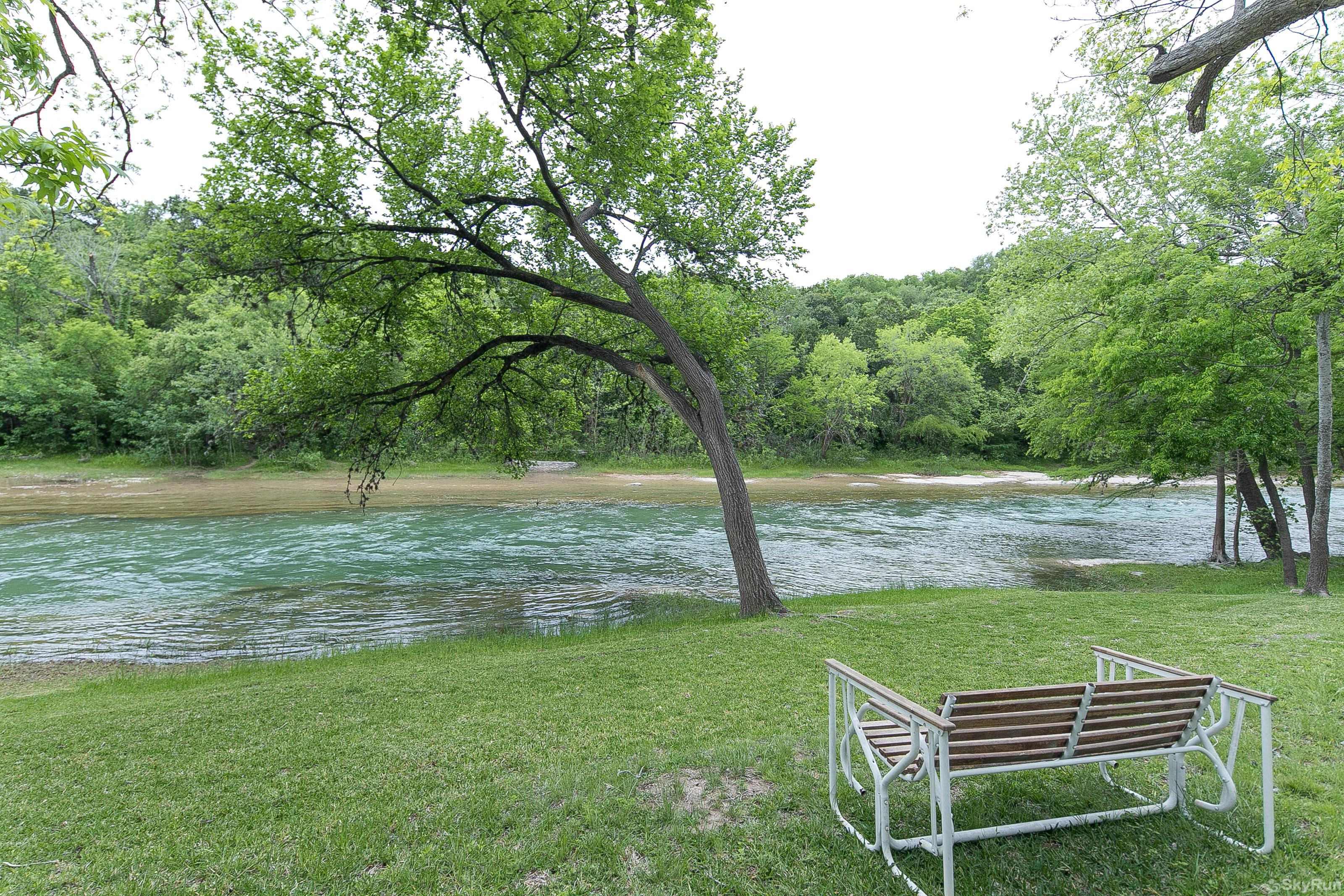 RIVER ROSE Book your Guadalupe River vacation today!