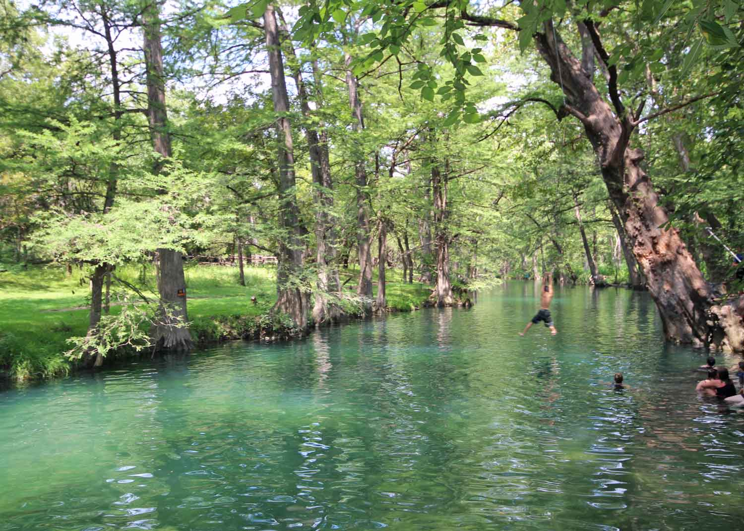 blue hole wimberely vacations
